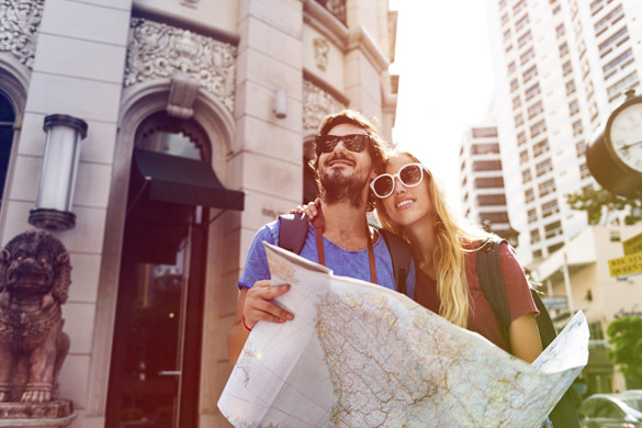 Couple traveling together wanderlust trip - gifts for your virgo man